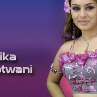 Hansika Hair In Flower