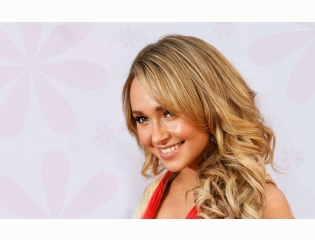 Hayden Panettiere 11 Wallpapers