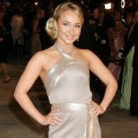 Hayden Panettiere Silver Dress Wallpaper Wallpapers