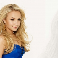 Hayden Panettiere Widescreen