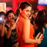 Heroine Kareena Kapoor Wallpapers