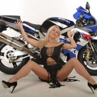 Hot Chick Bike Model Wallpaper 27