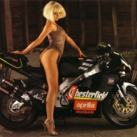 Hot Chick Bike Model Wallpaper 86