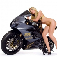 Hot Chick Bike Model Wallpaper 89