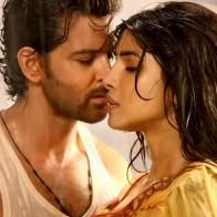 Hrithik Priyanka Chopra In Agneepath Wallpapers
