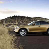 Infiniti Fx35 2 Hd Wallpapers