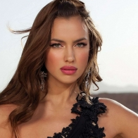 Irina Shayk Beautiful Wallpapers