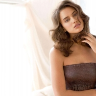 Irina Shayk Sweet Wallpapers