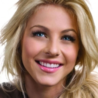 Julianne Hough Wallpapers