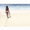 Kate Moss Walk On Beach Wallpaper