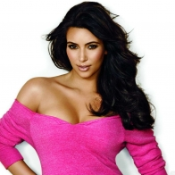 Kim Kardashian Wallpaper 02 Wallpapers
