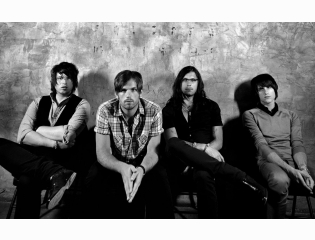 Kings Of Leon In Grey Wallpaper