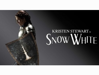 Kristen Stewart In Snow White Wallpapers