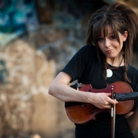 Lindsey Stirling Violin 01