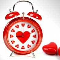 Love O'clock Wallpaper