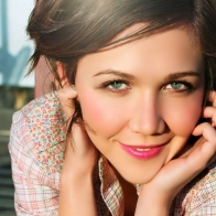 Maggie Gyllenhaal Amazing Wallpaper