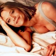 Meg Ryan Happy And Showing Clevage Wallpaper
