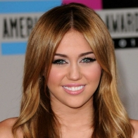 Miley Cyrus Wallpaper 01 Wallpapers
