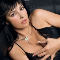 Monica Bellucci 1 Wallpaper Wallpapers