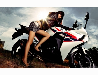 Motorcycle Girl Wallpaper  Hd Wallpapers