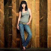 Pauley Perrette 1 Wallpapers