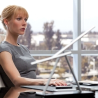 Pepper Potts Iron Man 2 Wallpaper