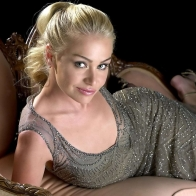 Portia De Rossi 2 Wallpapers