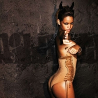 Rihanna Wallpaper 7
