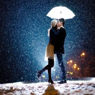 Romantic Couple Kissing Hd Wallpaper 17