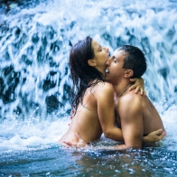 Romantic Couple Kissing Hd Wallpaper 24