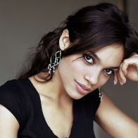 Rosario Dawson 2013 Wallpaper Wallpapers