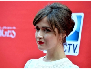 Rose Byrne 01 Wallpapers