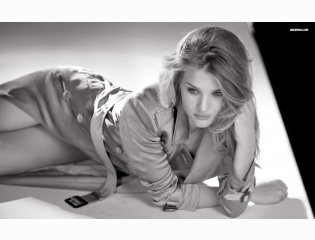 Rosie Huntington Whiteley 14 Wallpapers