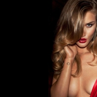 Rosie Huntington Whiteley Beautiful Wallpaper