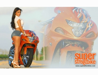 Sagia Castaneda Bike Wallpaper