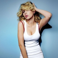 Scarlett Johansson 19 Wallpapers