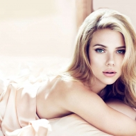 Scarlett Johansson 3 Wallpapers
