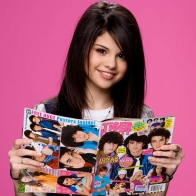 Selena Gomez 104 Wallpapers