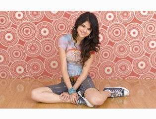 Selena Gomez 26 Wallpapers