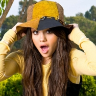 Selena Gomez 60 Wallpapers