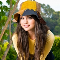 Selena Gomez 61 Wallpapers