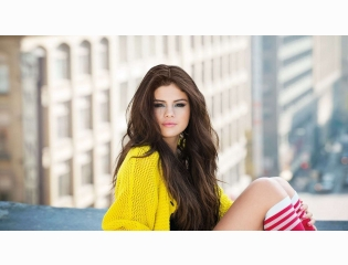 Selena Gomez Wallpaper 02 Wallpapers