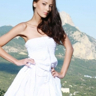 Skinny Model In White Dress Wallpaper