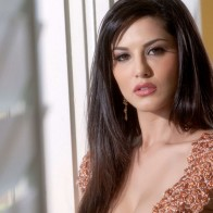 Sunny Leone Bollywood Actress
