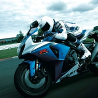 Suzuki Gsx R1000 Action Wallpapers