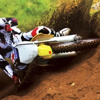 Suzuki Motocross Bike Race Wallpapers