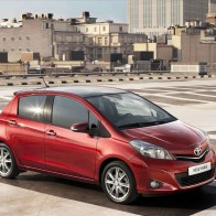 Toyota Yaris 2012 Wallpapers