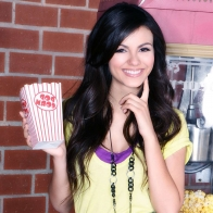 Victoria Justice 34 Wallpapers
