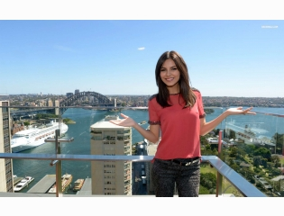 Victoria Justice 7 Wallpapers