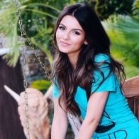 Victoria Justice Wallpaper Hd Wallpapers